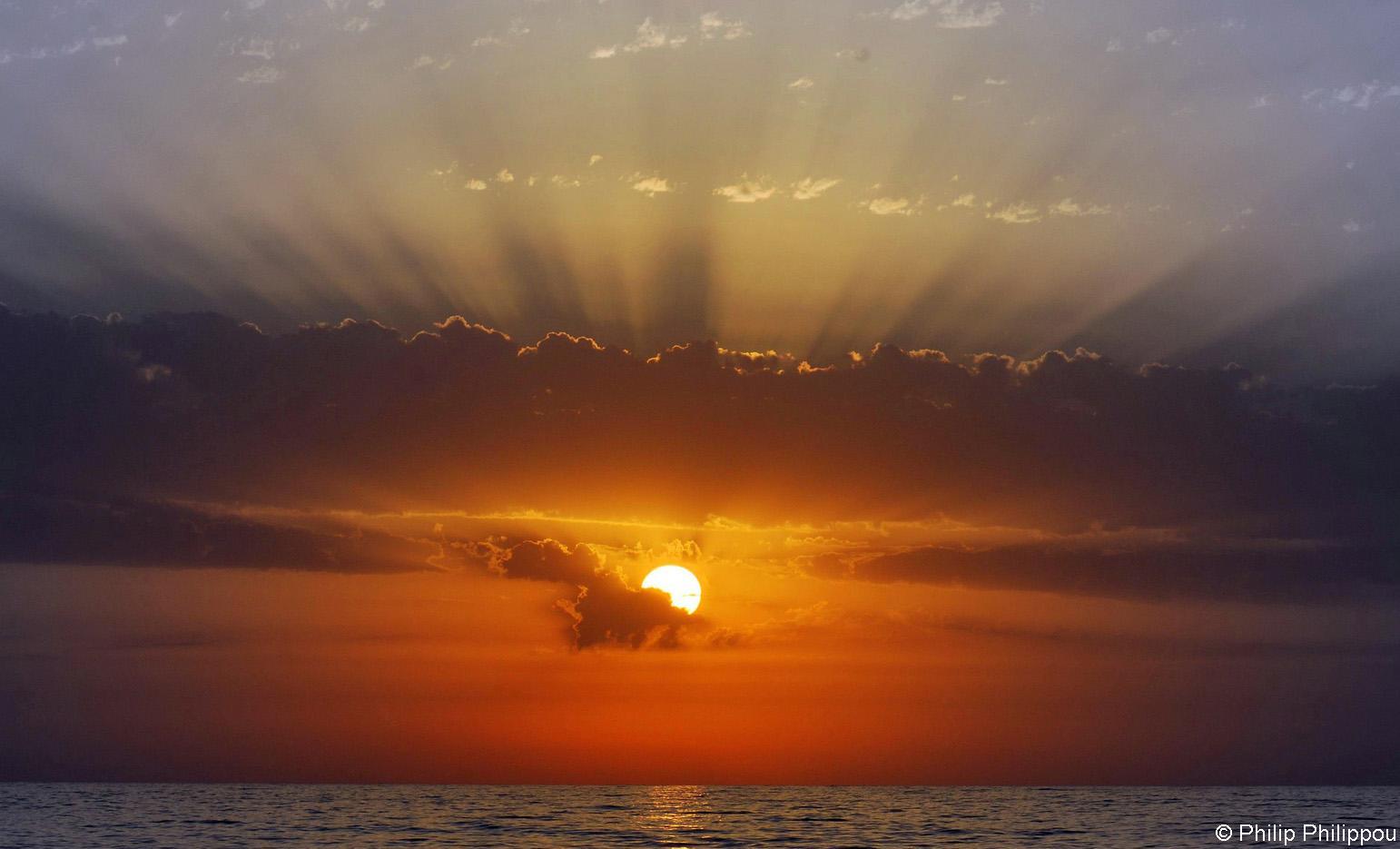 cy-SunsetSeaview